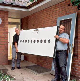Εγκατάσταση πόρτας ασφαλείας